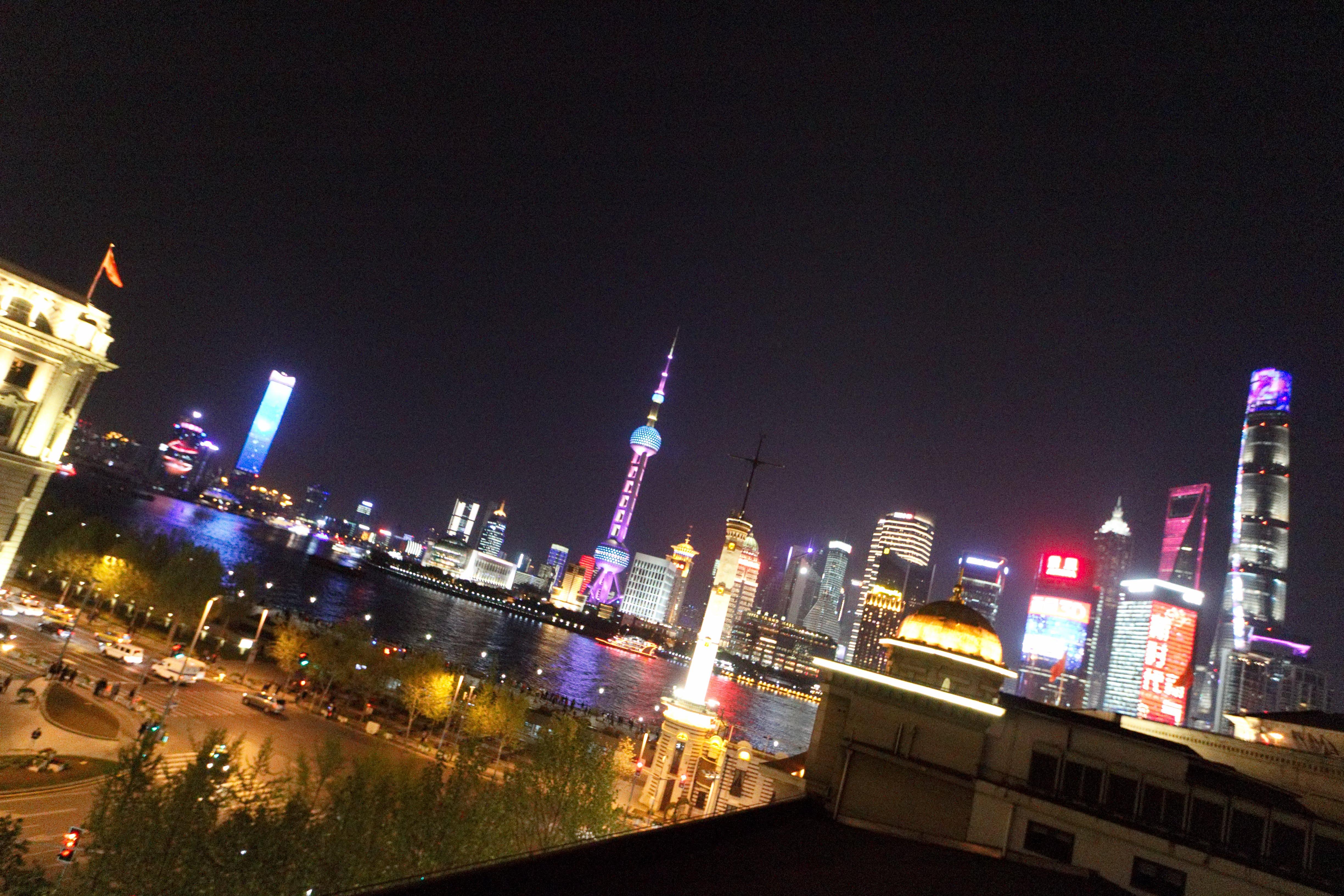 上海:最新テクノロジーを体験する旅(2泊4日)