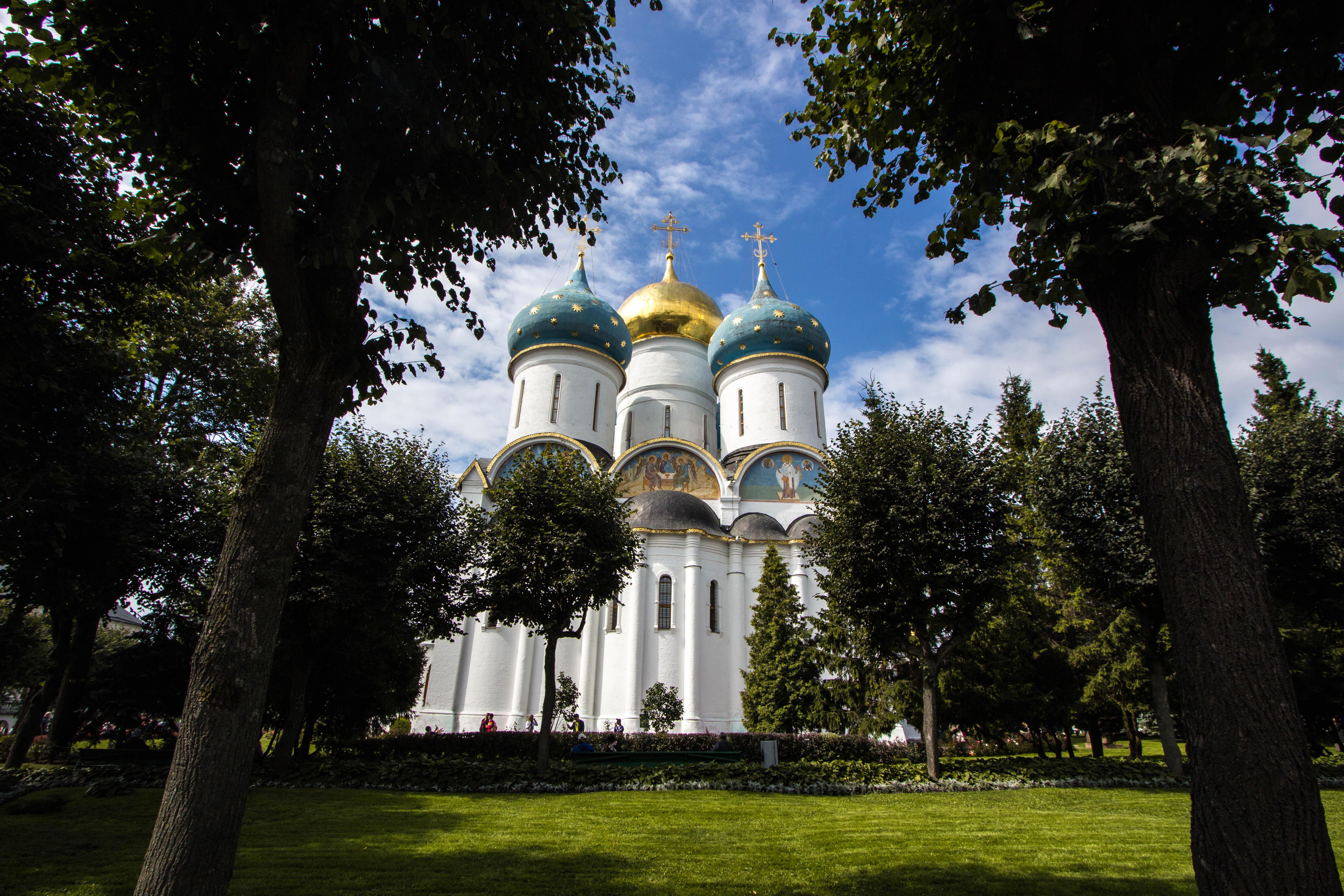 ロシア 3 : 半日セルギエフ・ポサードとモスクワ川クルーズ(モスクワ)